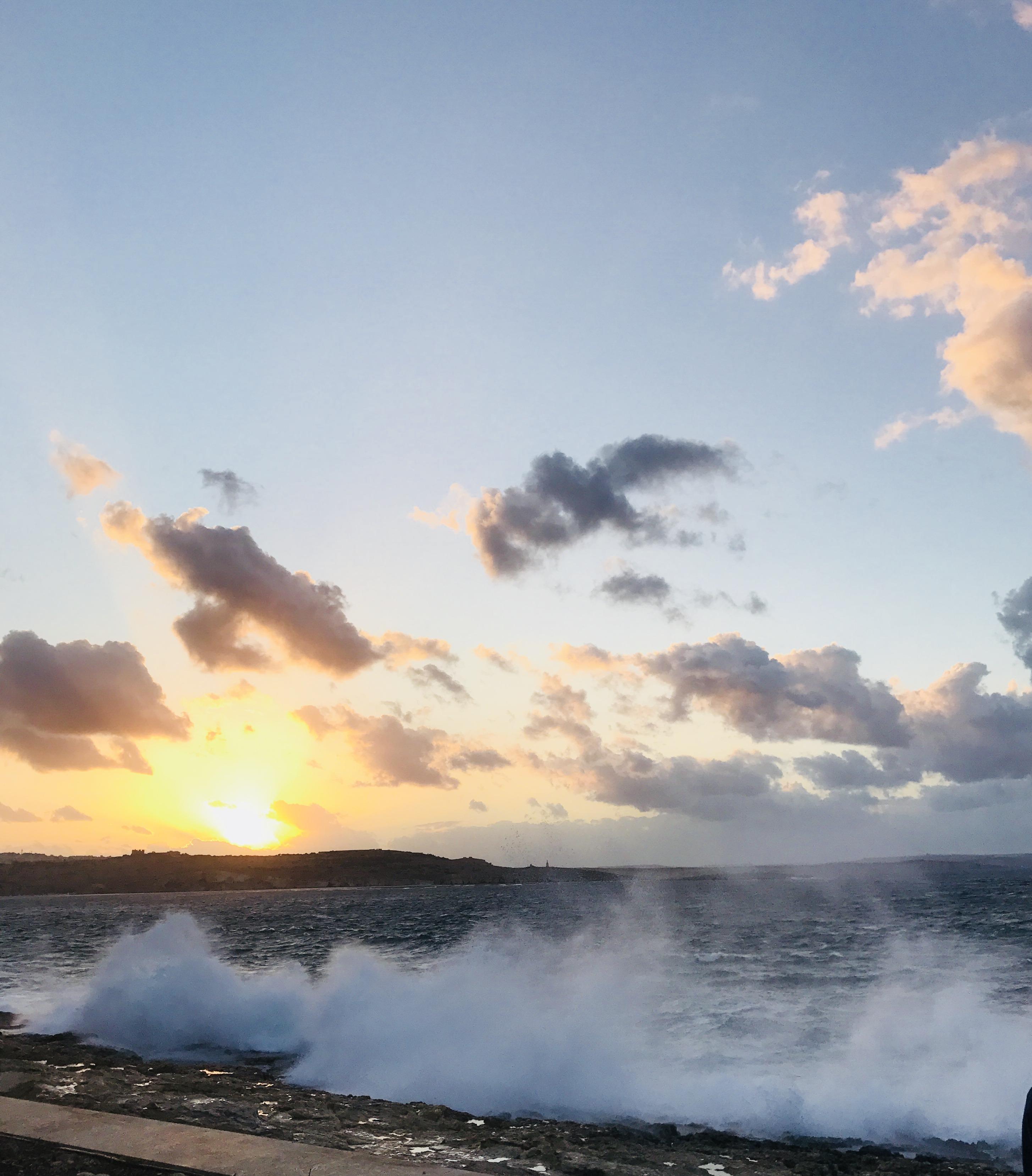 Matkalla riippuvuuteen- Mitä on olla läsnä tunteille?